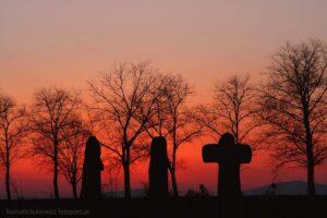 Trzy krzyże pojednania - oklice Jaksina