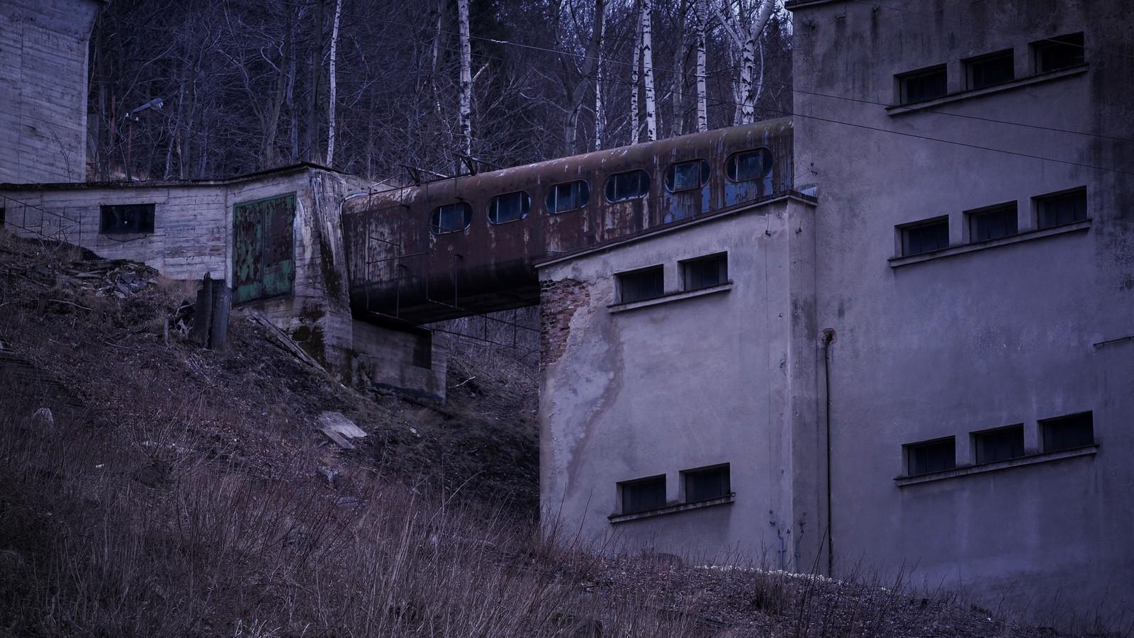 R-1 Kowary - taśmociąg